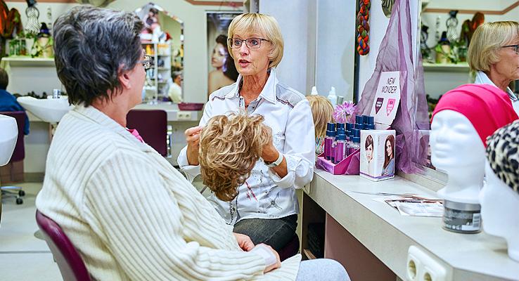 Friseur im Klinikum Kulmbach - Perückenberatung